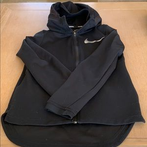 Boys M Nike basketball sweatshirt with hood